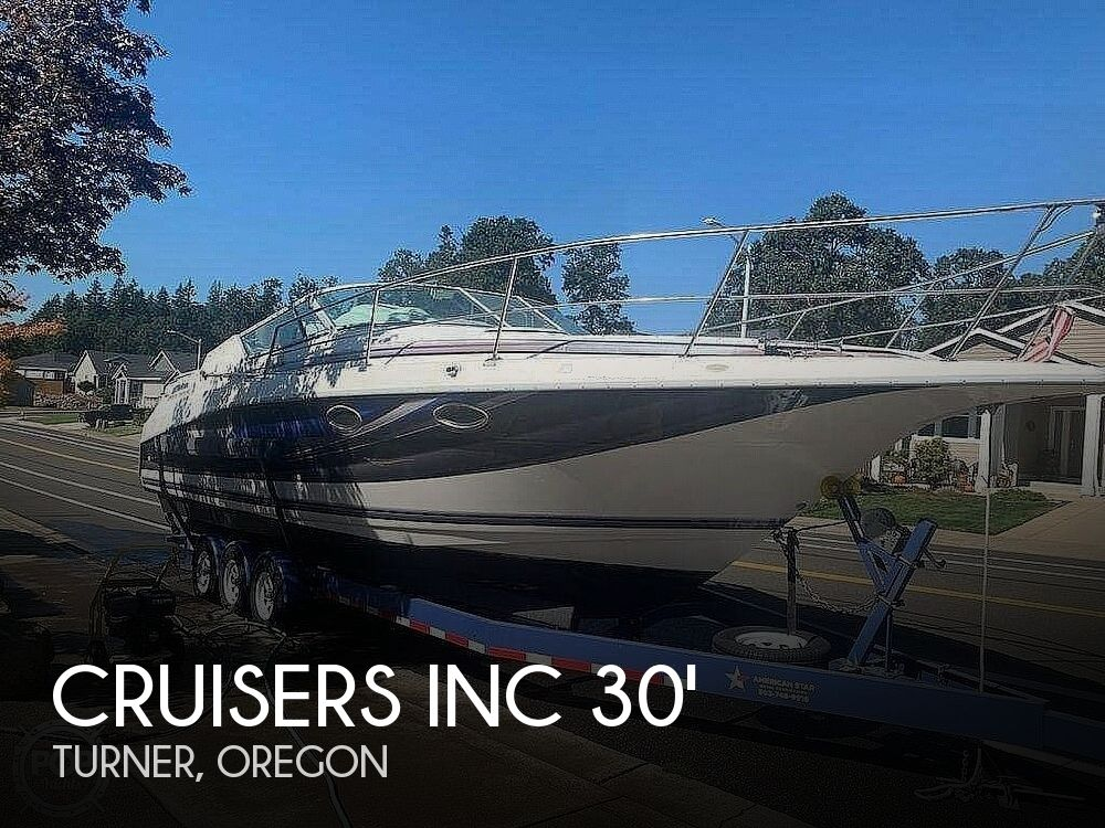 1994 Cruisers Yachts boat for sale, model of the boat is 30' & Image # 1 of 11