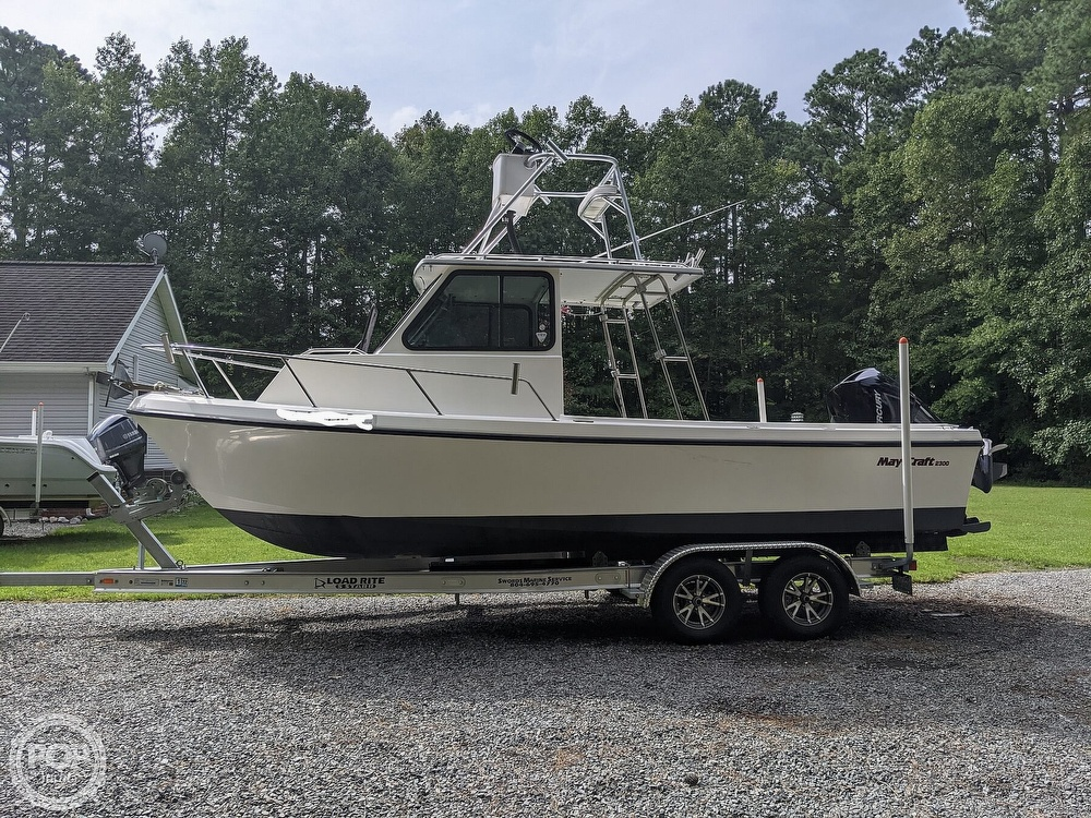 1996 May-Craft boat for sale, model of the boat is Pilot House 2300 & Image # 11 of 40