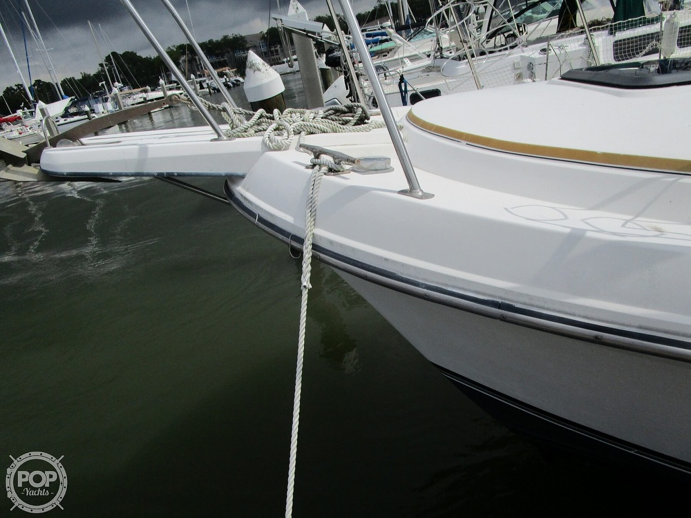 1986 Carver boat for sale, model of the boat is Carver 2827 Voyager & Image # 17 of 40