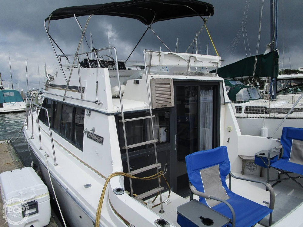 1986 Carver boat for sale, model of the boat is Carver 2827 Voyager & Image # 20 of 40