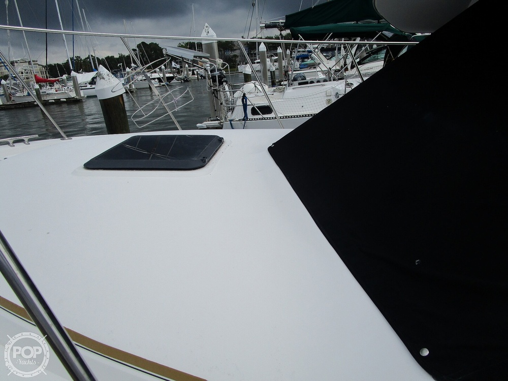 1986 Carver boat for sale, model of the boat is Carver 2827 Voyager & Image # 24 of 40