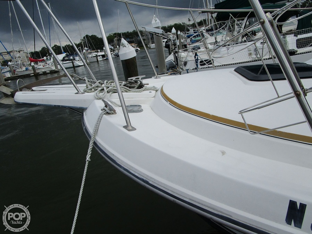 1986 Carver boat for sale, model of the boat is Carver 2827 Voyager & Image # 25 of 40