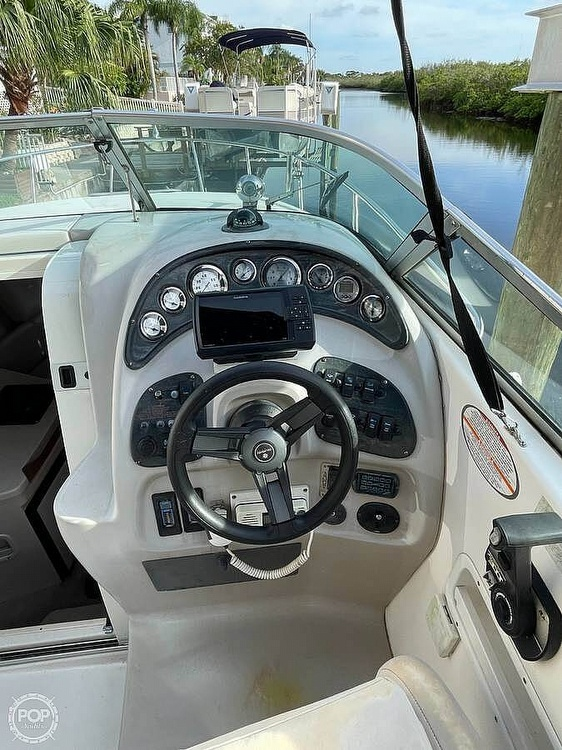 2000 Chaparral boat for sale, model of the boat is Signature 260 & Image # 16 of 25
