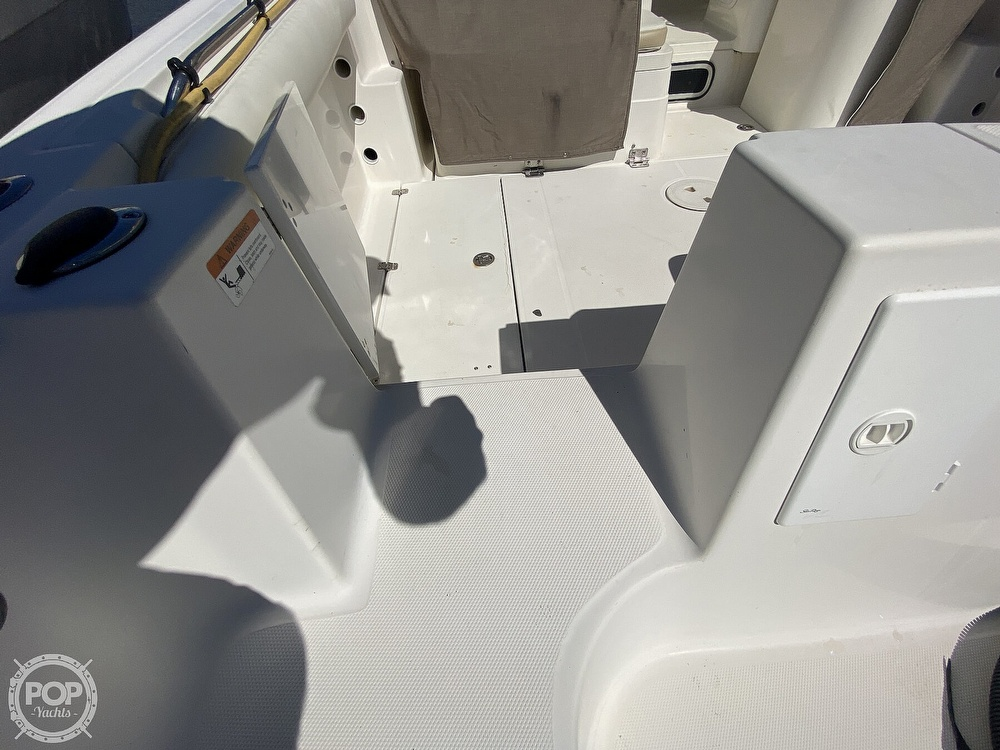 2004 Wellcraft boat for sale, model of the boat is 290 Coastal & Image # 15 of 40