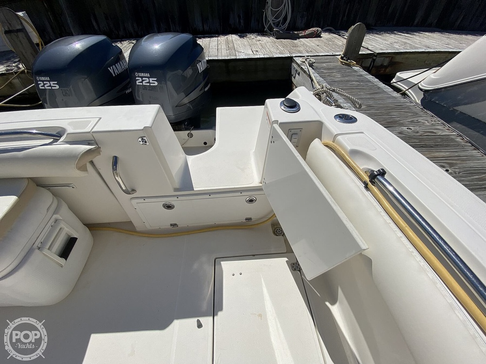 2004 Wellcraft boat for sale, model of the boat is 290 Coastal & Image # 18 of 40