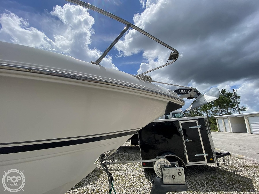 2003 Chaparral boat for sale, model of the boat is 240 Signature & Image # 14 of 40