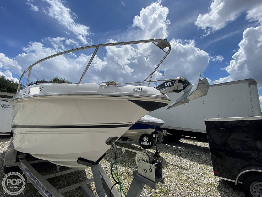 2003 Chaparral boat for sale, model of the boat is 240 Signature & Image # 18 of 40