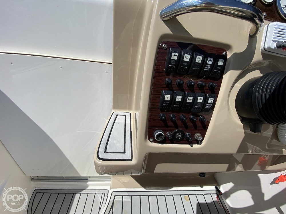 2003 Chaparral boat for sale, model of the boat is 240 Signature & Image # 35 of 40