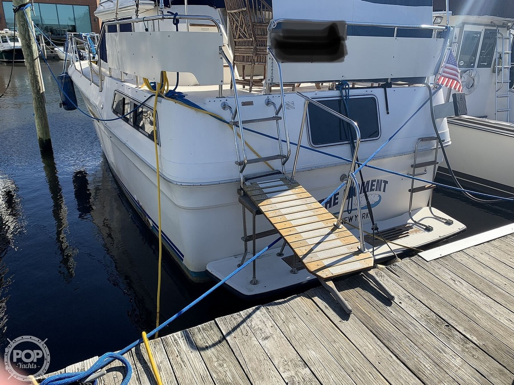 1985 Sea Ray boat for sale, model of the boat is 360 Aft Cabin & Image # 10 of 40