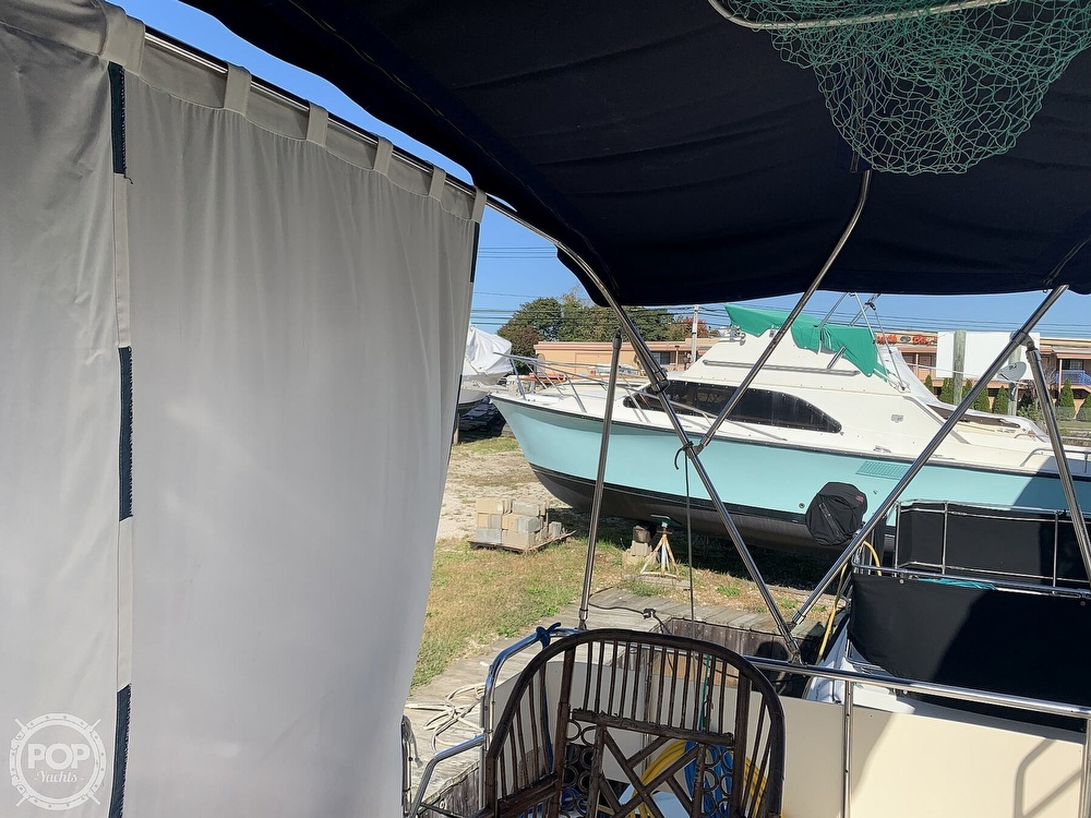 1985 Sea Ray boat for sale, model of the boat is 360 Aft Cabin & Image # 28 of 40