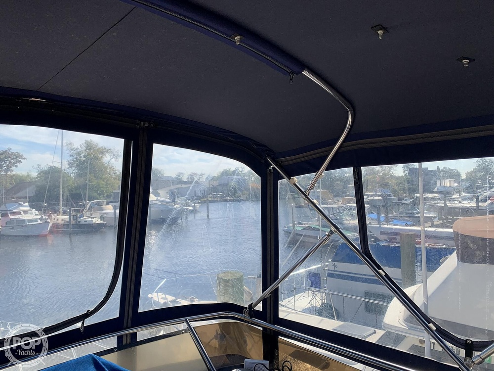 1985 Sea Ray boat for sale, model of the boat is 360 Aft Cabin & Image # 31 of 40