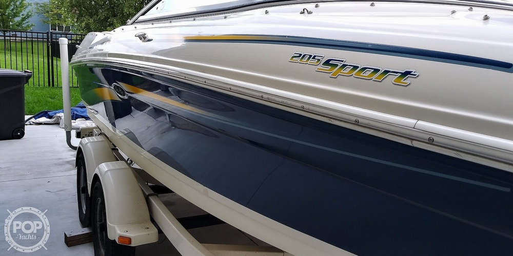 2006 Sea Ray boat for sale, model of the boat is 205 sport & Image # 4 of 40