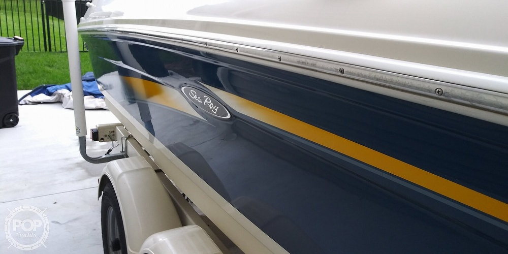 2006 Sea Ray boat for sale, model of the boat is 205 sport & Image # 6 of 40