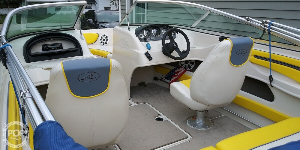 2006 Sea Ray boat for sale, model of the boat is 205 sport & Image # 19 of 40