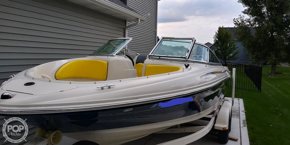2006 Sea Ray boat for sale, model of the boat is 205 sport & Image # 21 of 40