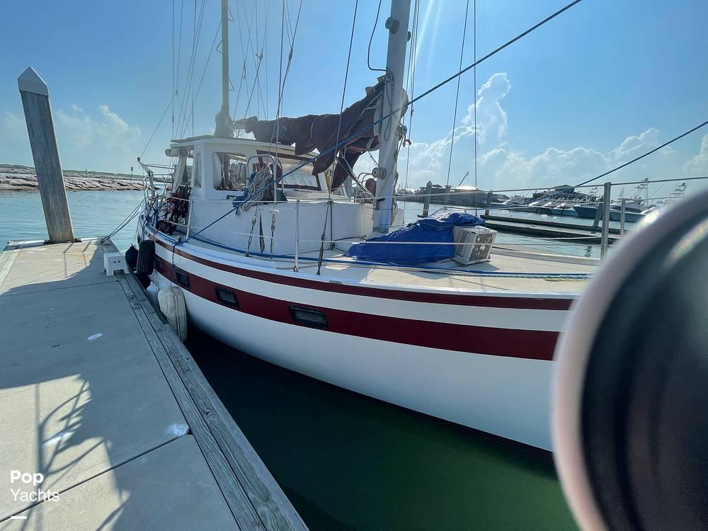 1978 Islander boat for sale, model of the boat is Freeport 41 & Image # 37 of 40