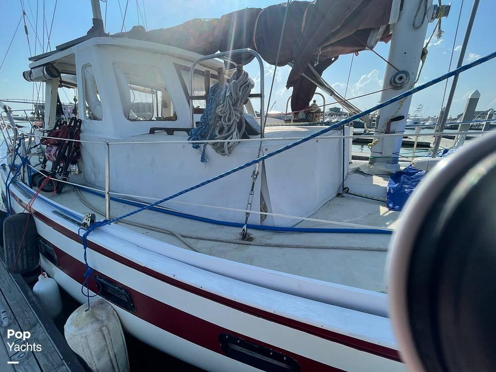 1978 Islander boat for sale, model of the boat is Freeport 41 & Image # 39 of 40