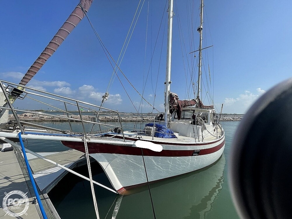 1978 Islander boat for sale, model of the boat is Freeport 41 & Image # 10 of 40