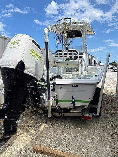2017 Epic boat for sale, model of the boat is 23SC & Image # 6 of 40