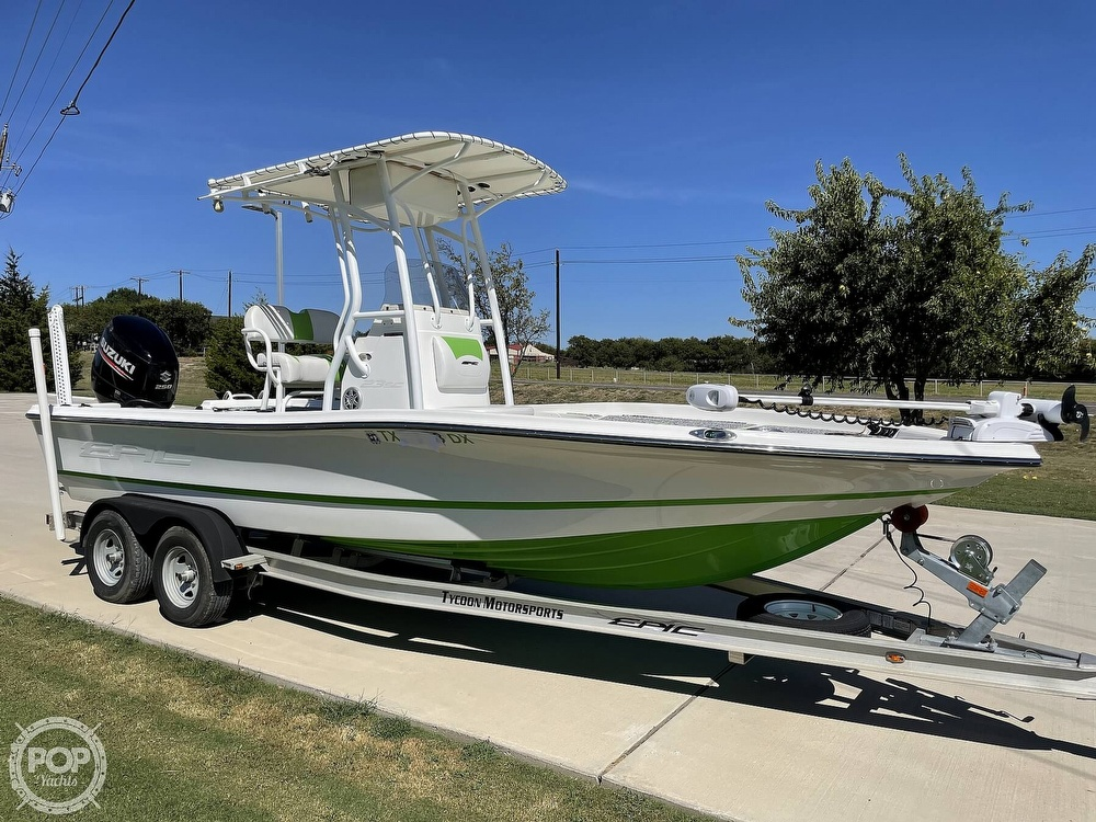 2017 Epic boat for sale, model of the boat is 23SC & Image # 19 of 40