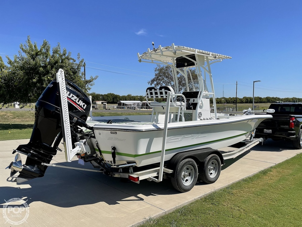 2017 Epic boat for sale, model of the boat is 23SC & Image # 22 of 40