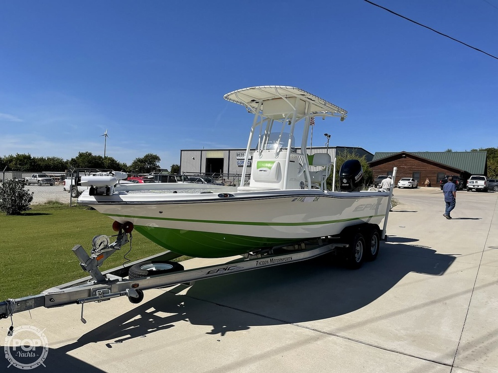 2017 Epic boat for sale, model of the boat is 23SC & Image # 5 of 40