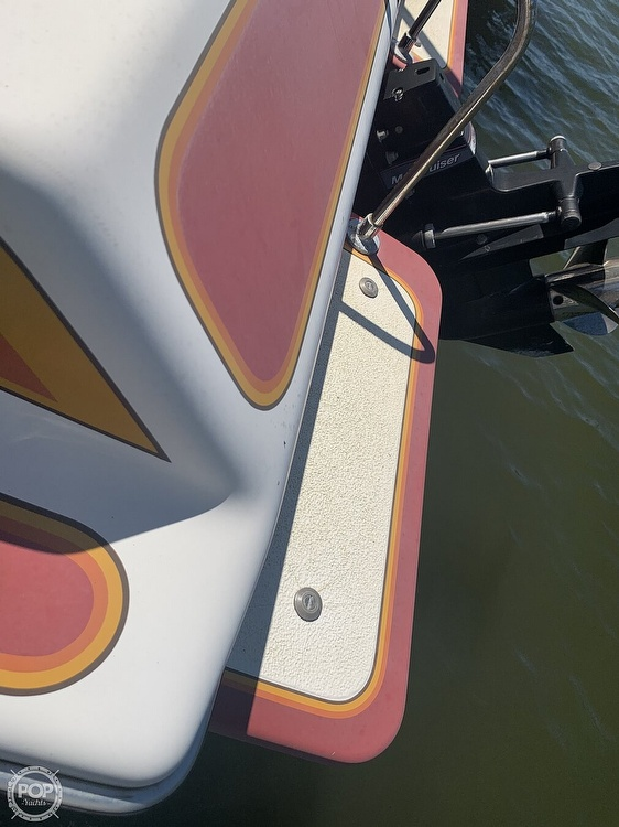 1984 Hallett boat for sale, model of the boat is 24 & Image # 12 of 40