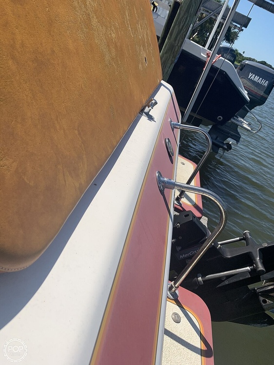 1984 Hallett boat for sale, model of the boat is 24 & Image # 14 of 40