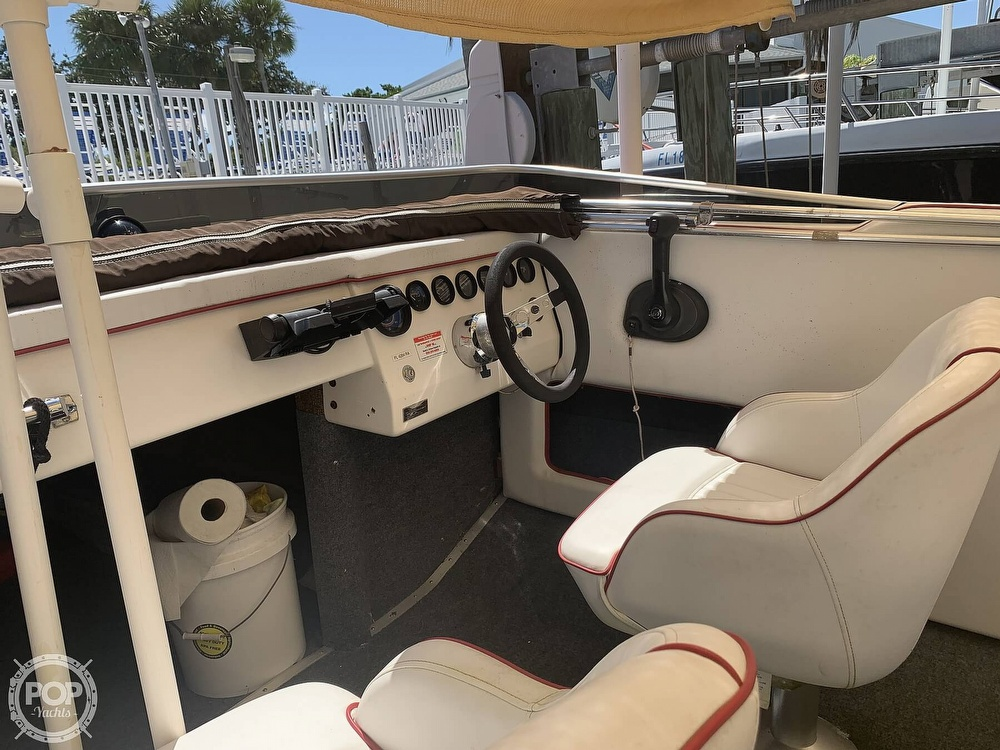1984 Hallett boat for sale, model of the boat is 24 & Image # 30 of 40
