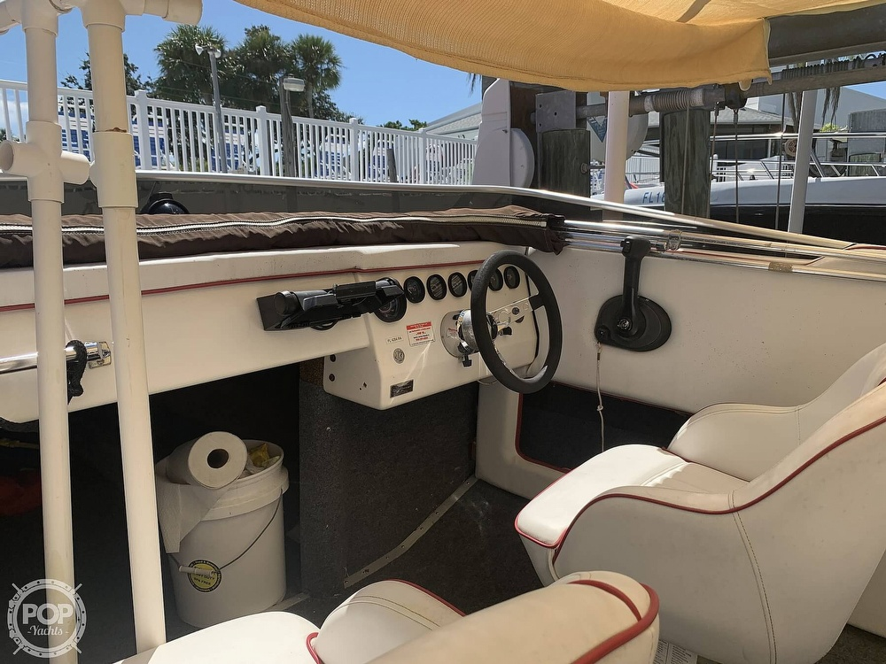 1984 Hallett boat for sale, model of the boat is 24 & Image # 36 of 40
