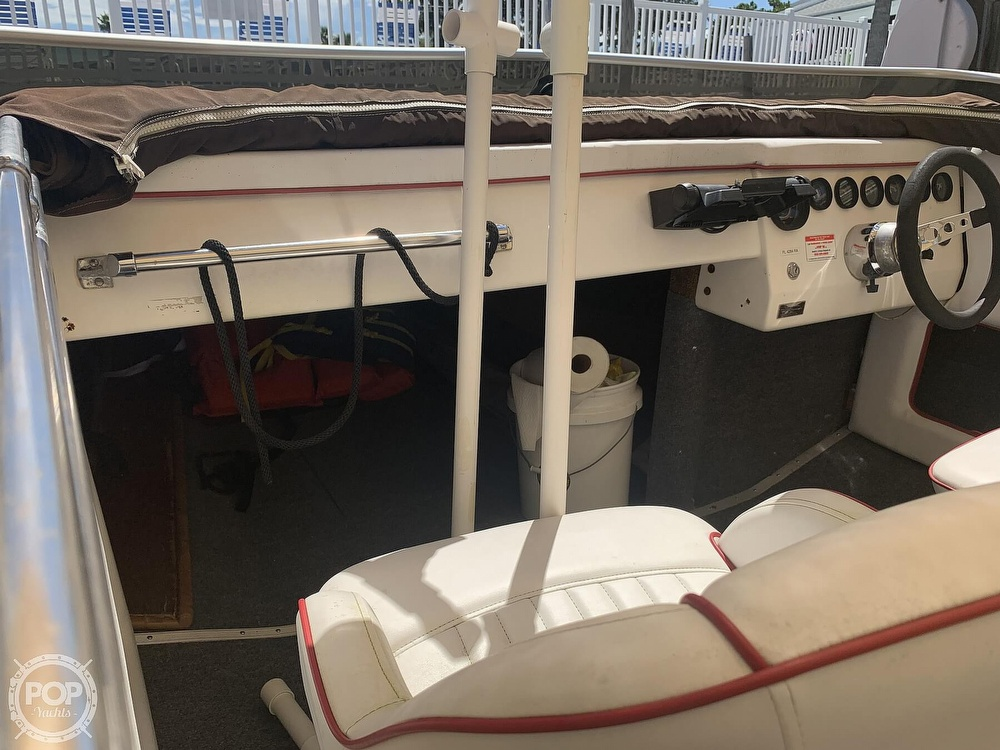1984 Hallett boat for sale, model of the boat is 24 & Image # 39 of 40