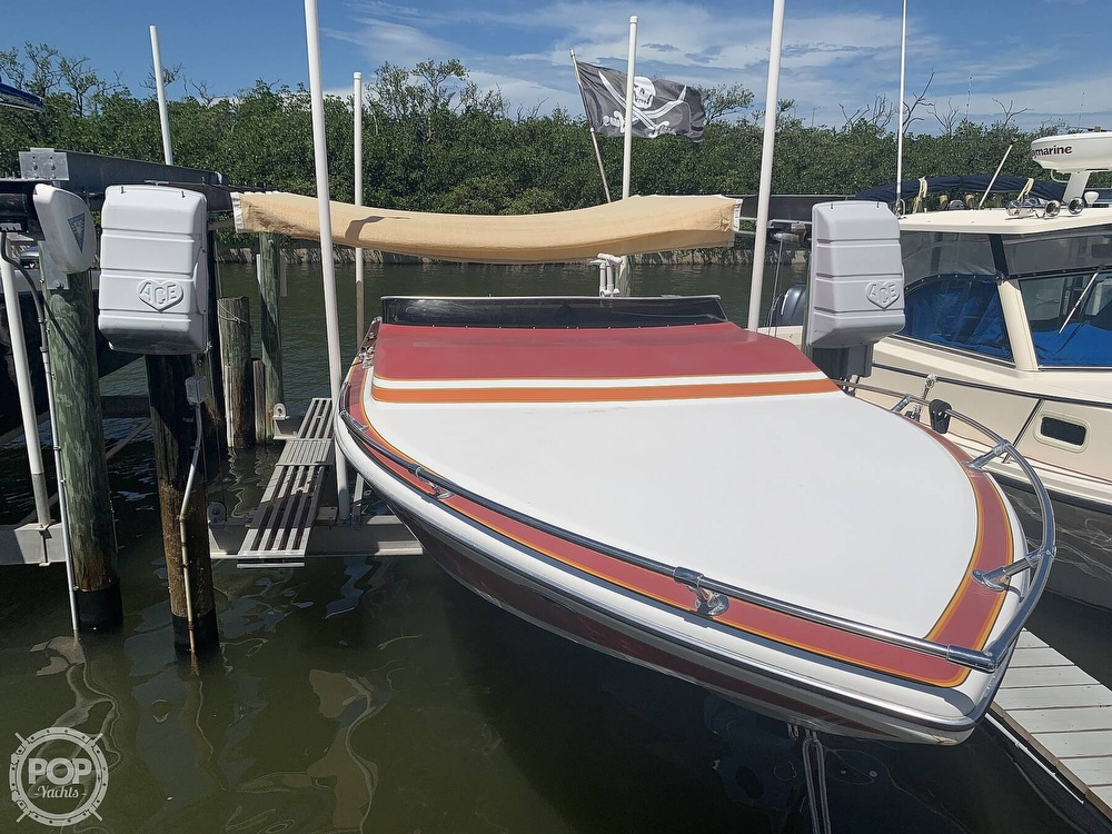 1984 Hallett boat for sale, model of the boat is 24 & Image # 3 of 40