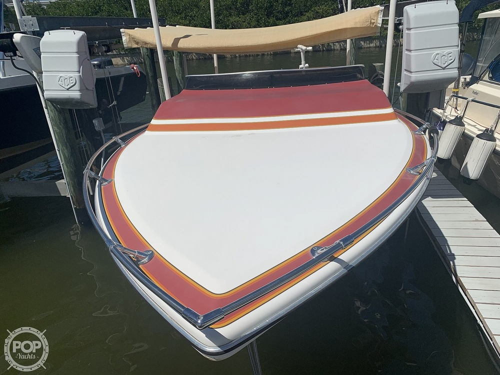 1984 Hallett boat for sale, model of the boat is 24 & Image # 2 of 40