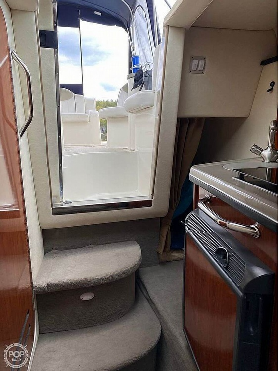 2006 Sea Ray boat for sale, model of the boat is 240 Sundancer & Image # 5 of 8