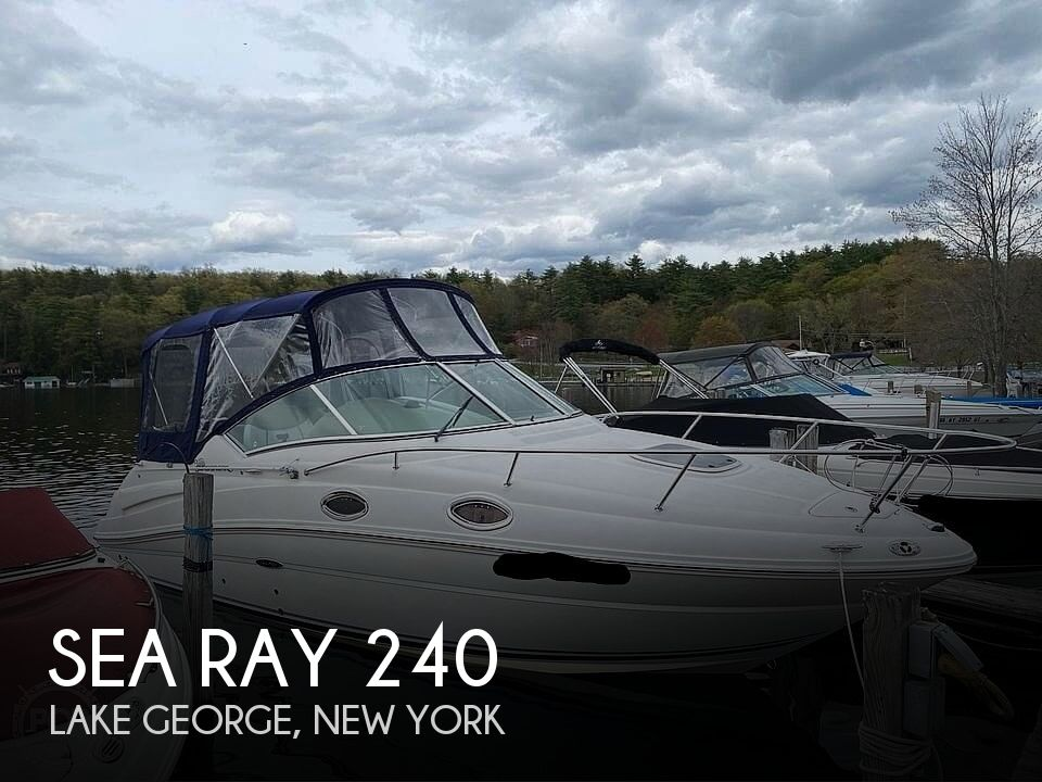 2006 Sea Ray boat for sale, model of the boat is 240 Sundancer & Image # 1 of 8