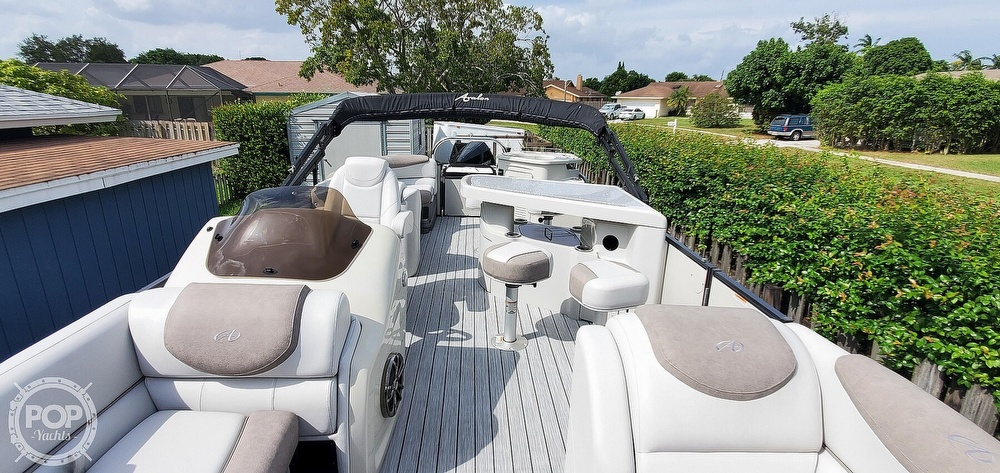 2020 Avalon boat for sale, model of the boat is Catalina 2585 Entertainer & Image # 3 of 40