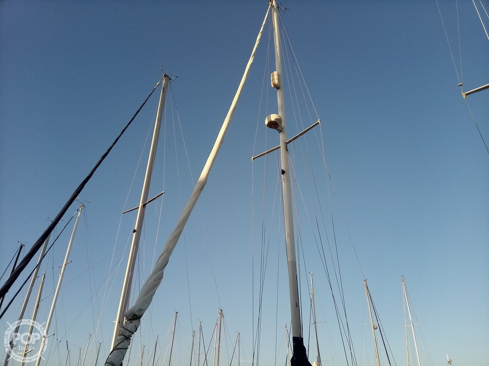 1991 Catalina Yachts boat for sale, model of the boat is 36 & Image # 35 of 40