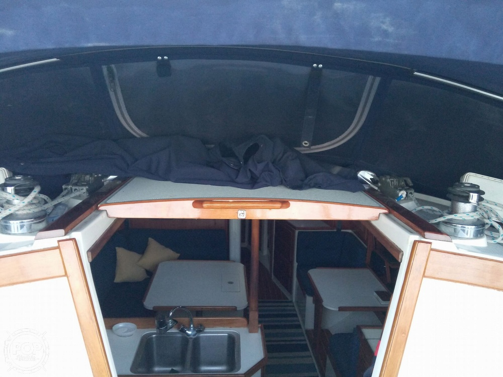 1991 Catalina Yachts boat for sale, model of the boat is 36 & Image # 6 of 40