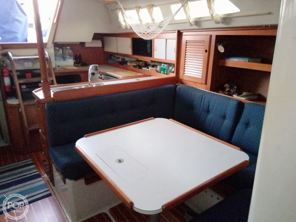 1991 Catalina Yachts boat for sale, model of the boat is 36 & Image # 28 of 40