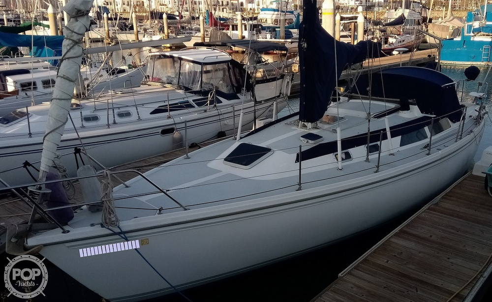 1991 Catalina Yachts boat for sale, model of the boat is 36 & Image # 39 of 40
