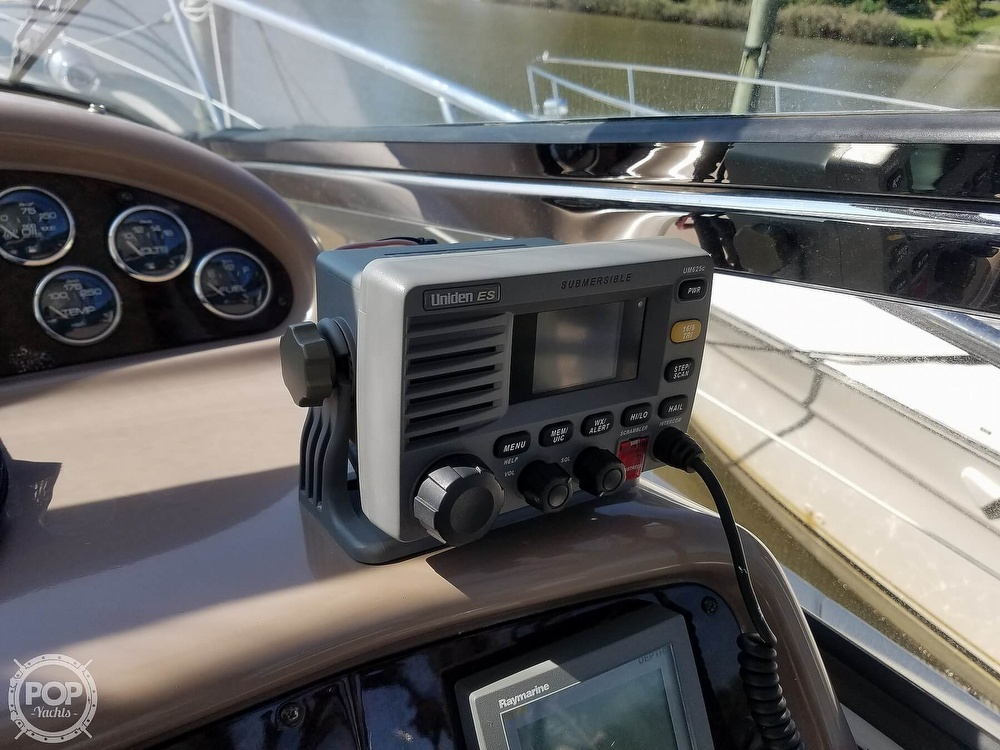 2003 Regal boat for sale, model of the boat is 4260 Commodore & Image # 17 of 40