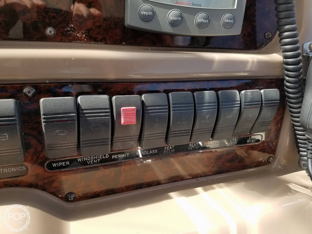 2003 Regal boat for sale, model of the boat is 4260 Commodore & Image # 25 of 40