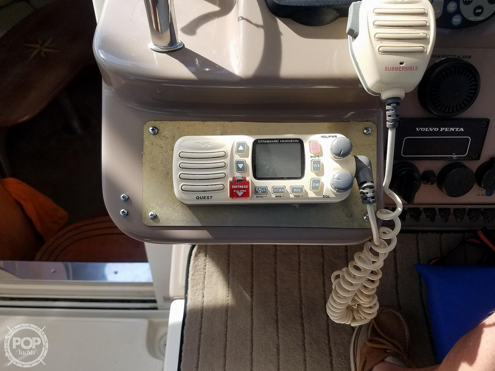 2003 Regal boat for sale, model of the boat is 4260 Commodore & Image # 27 of 40