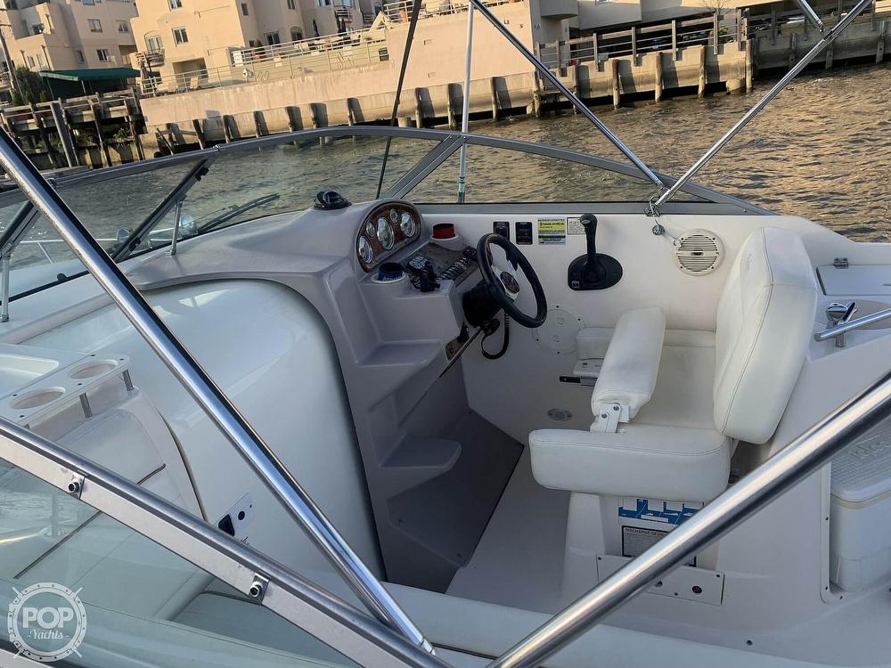 2004 Rinker boat for sale, model of the boat is 250 Fiesta Vee & Image # 18 of 40