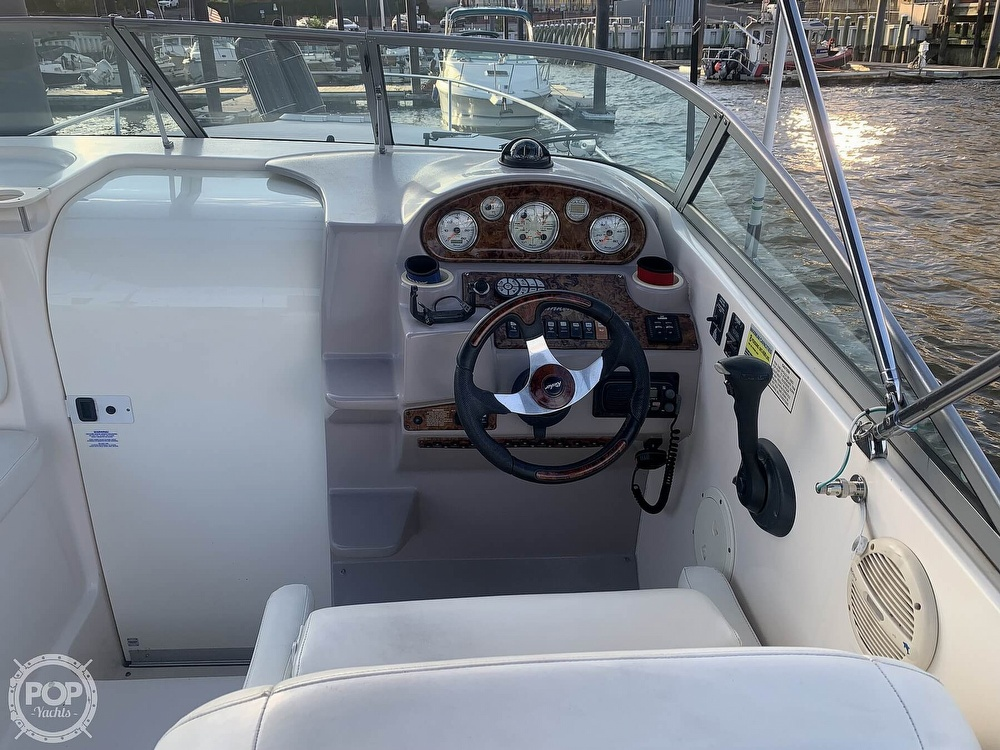 2004 Rinker boat for sale, model of the boat is 250 Fiesta Vee & Image # 27 of 40