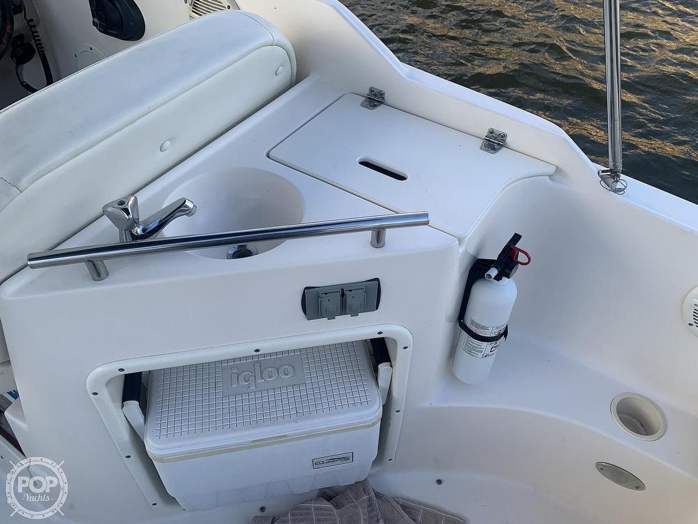 2004 Rinker boat for sale, model of the boat is 250 Fiesta Vee & Image # 25 of 40