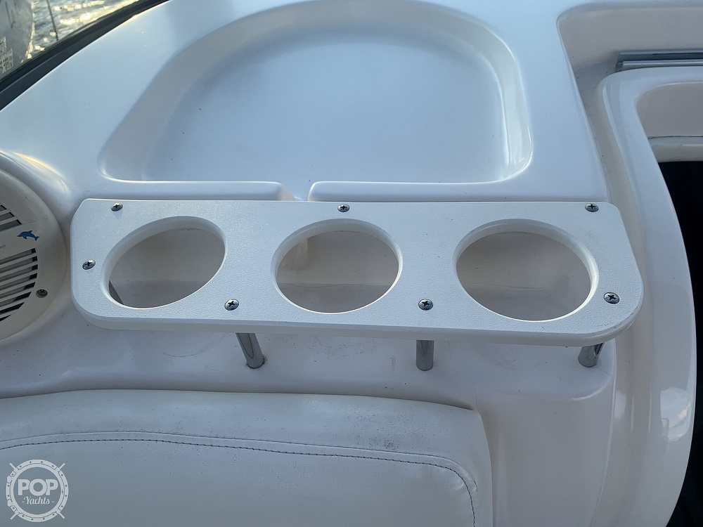 2004 Rinker boat for sale, model of the boat is 250 Fiesta Vee & Image # 40 of 40