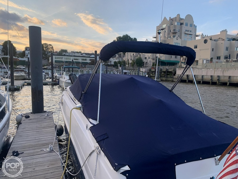 2004 Rinker boat for sale, model of the boat is 250 Fiesta Vee & Image # 6 of 40