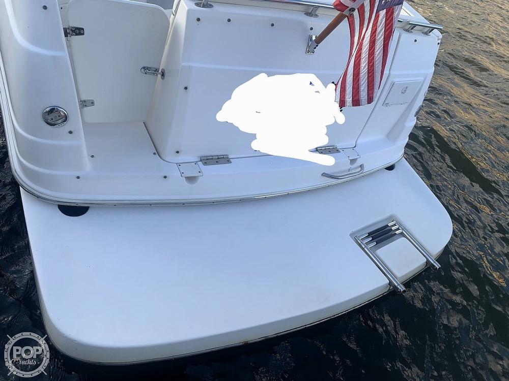 2004 Rinker boat for sale, model of the boat is 250 Fiesta Vee & Image # 5 of 40
