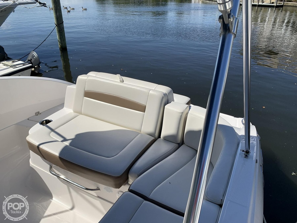 2015 Chaparral boat for sale, model of the boat is 225 SSI & Image # 22 of 40